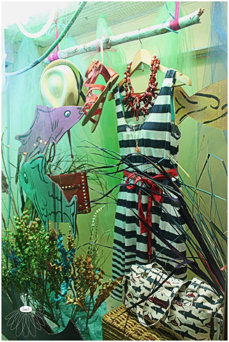 Raggamuffin Little Miss Lovely Window Display Fish (1)
