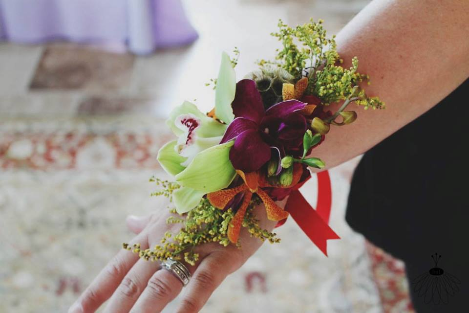 homecoming corsage tropical berlin md