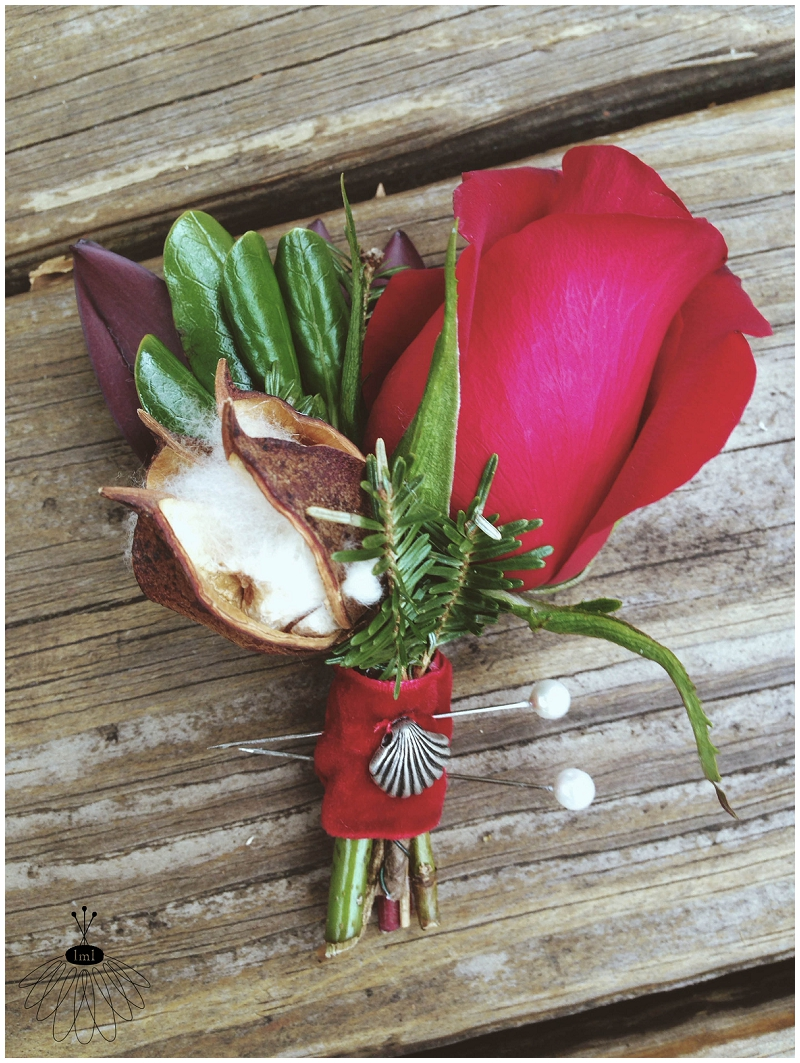 little miss lovely - holiday winter red boutonnierefeaturing cotton