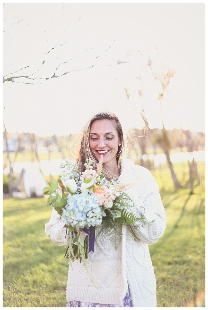 2014-05-06_0028Woodsy Bohemian Spring Styled Bridal Shoot // Little Miss Lovely // Bouquet by LML