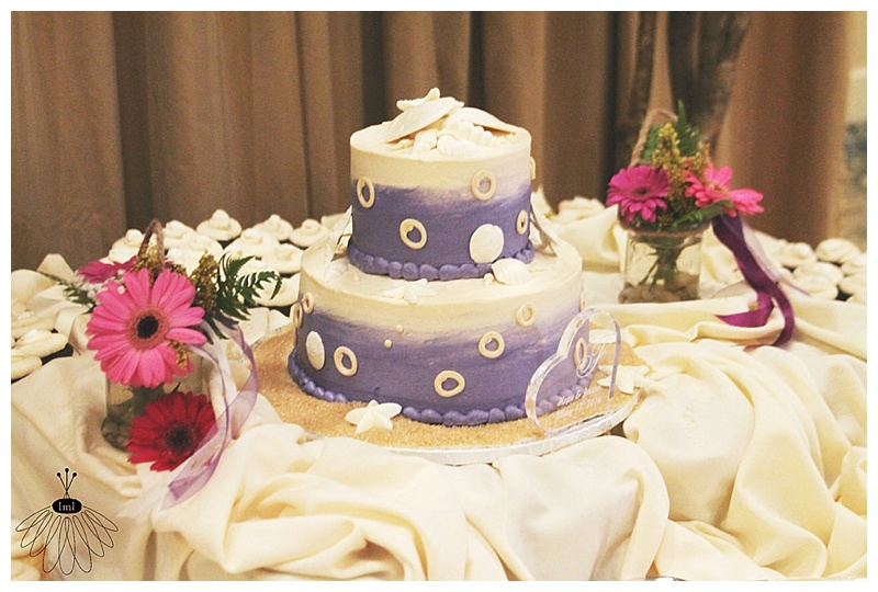 little miss lovely // ocean city md wedding florist // cake by desserts by rita