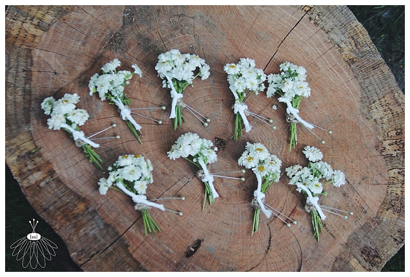 little miss lovely // nautical red white blue wedding // berlin md // wedding florist // daisy  chamomile boutonnieres