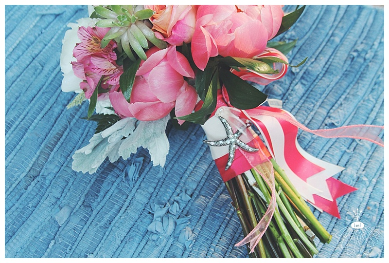 little miss lovely // ocean city, md wedding florist // beach wedding // coral & white bouquet // starfish
