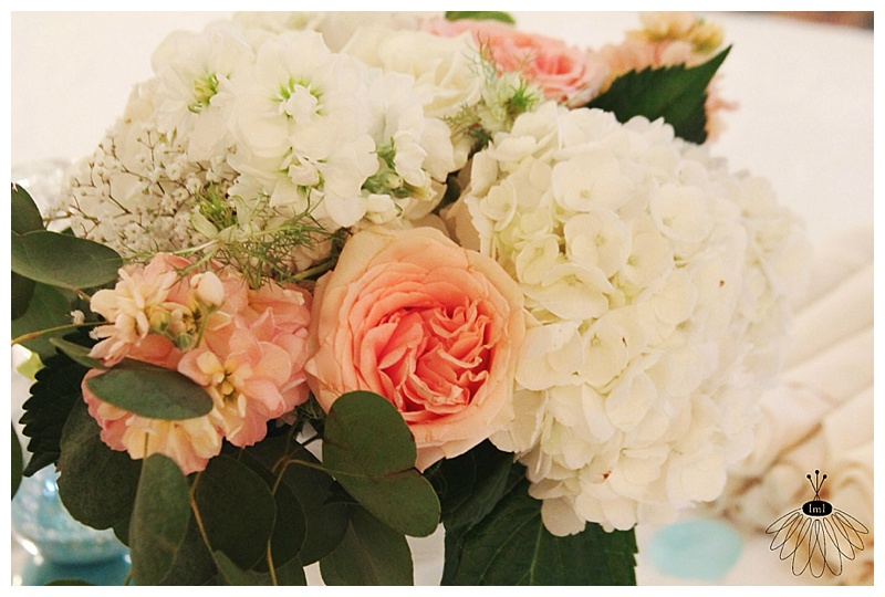 little miss lovely // ocean city md wedding florist // coconut malorie reception // shabby chic centerpieces