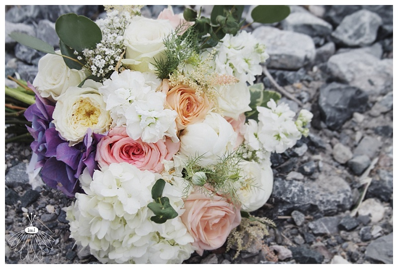 little miss lovely // ocean city md wedding event florist // bridal bouquet // ivory, white, peach hydrangea and roses