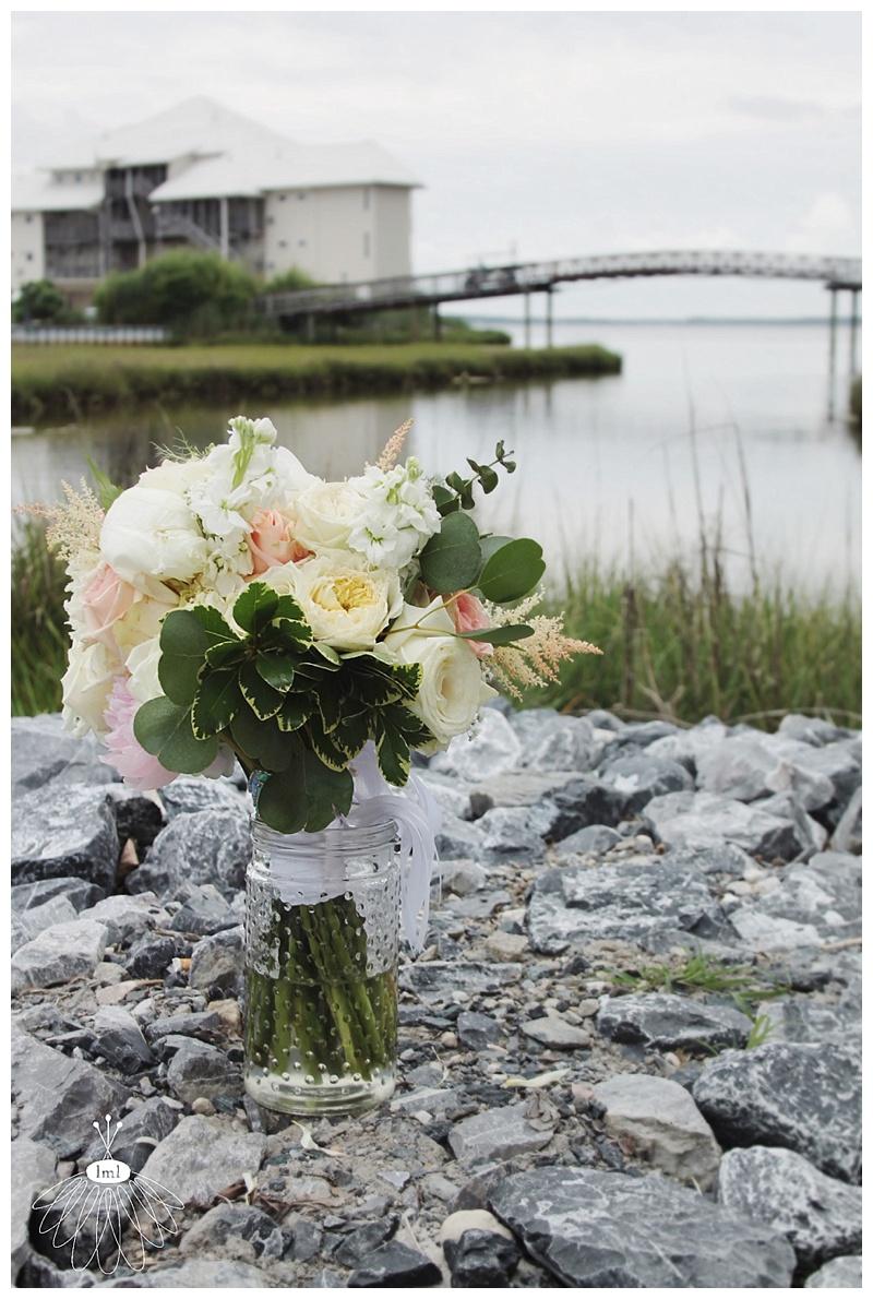 little miss lovely // ocean city md wedding event florist // bridal bouquet // peach and white rose hydrangea toss bouquet