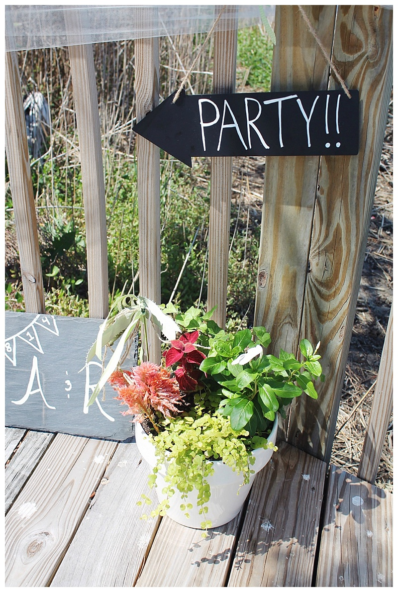 little miss lovely // ocean city md wedding florist // outdoor potted plants and decor