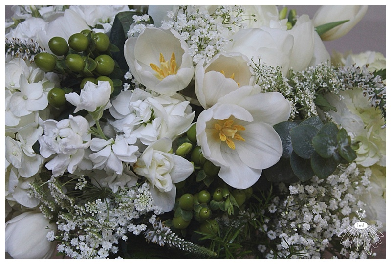 little miss lovely // ocean city md wedding florist // mint, white and green wedding flowers