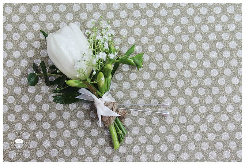 little miss lovely // ocean city md wedding florist // tulip groom boutonniere