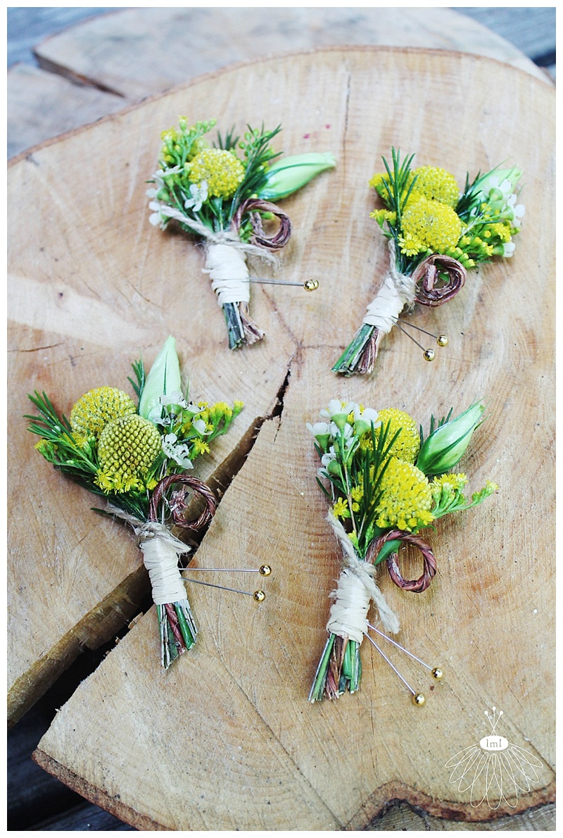 little miss lovely // the admiral fell inn wedding baltimore md // wedding florist // billy ball boutonnieres