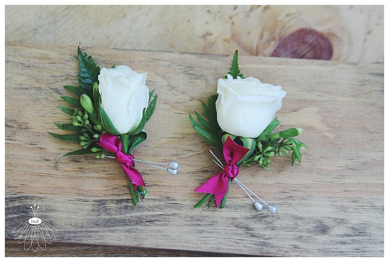 Little Miss Lovely // white and pink groomsmen boutonniere