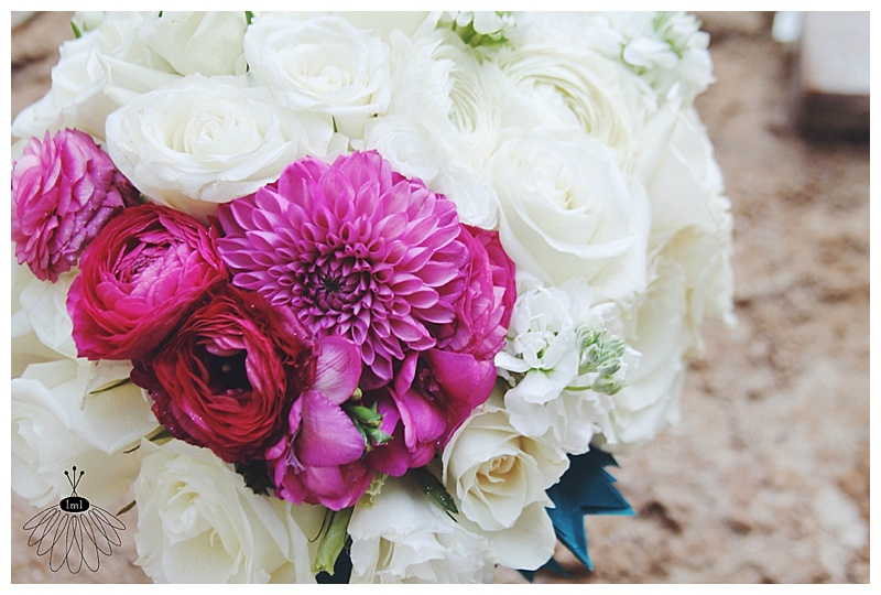 Little Miss Lovely // White and fuchsia pink color blocked bride bouquet