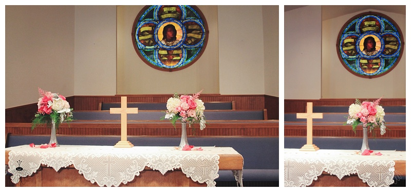 little miss lovely // fenwick island baptist church wedding alter flower arrangement