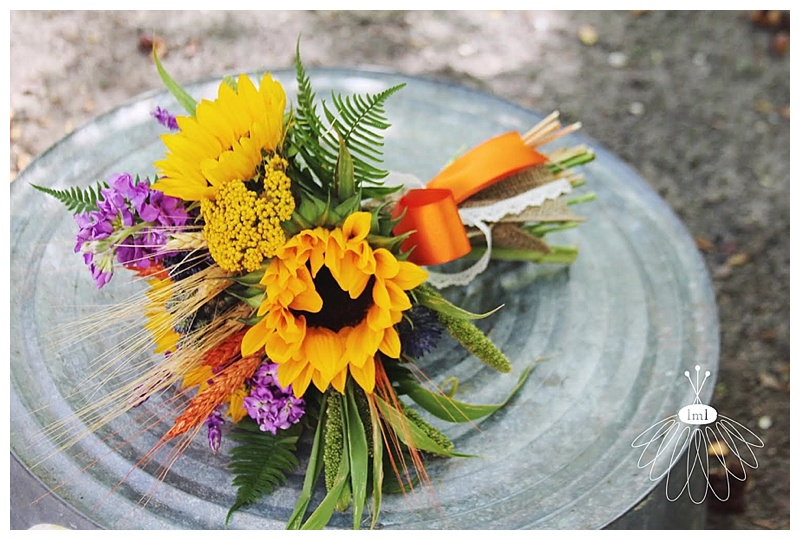 little miss lovely // salisbury maryland wedding florist sunflower wheat autumn bouquet