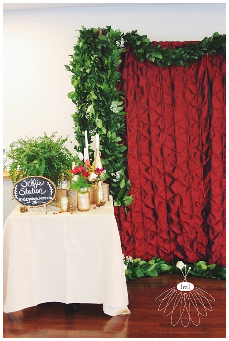 little miss lovely // ocean pines wedding florist selfie station cranberry red and gold