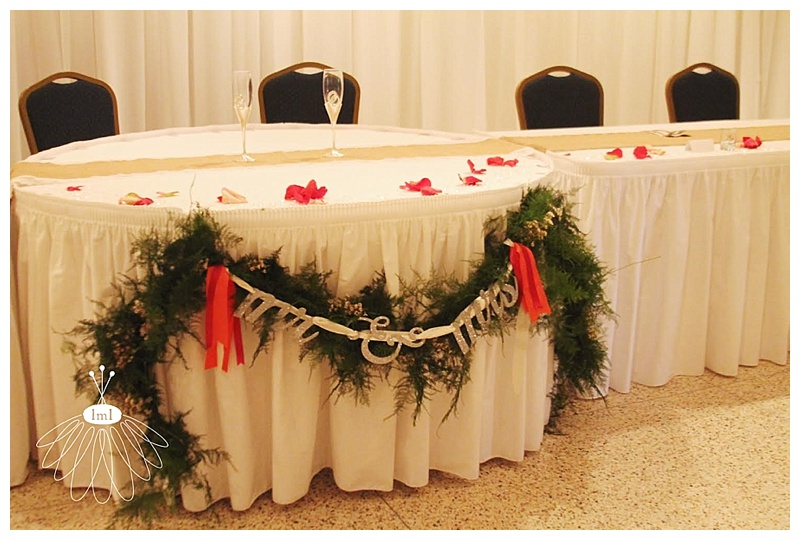 mr. & mrs. sweetheart table garland // little miss lovely // ocean city maryland wedding florist