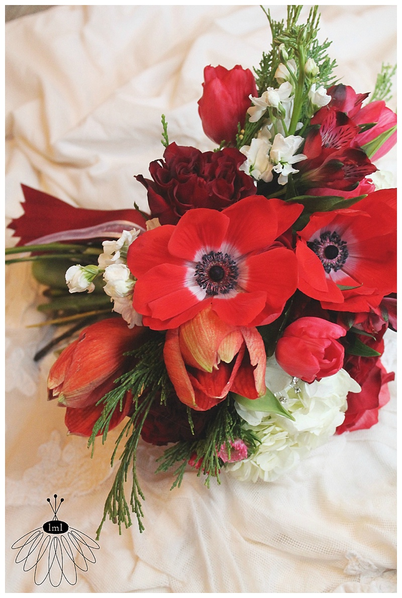 little miss lovely // berlin maryland wedding florist // holiday red and white wedding bouquet