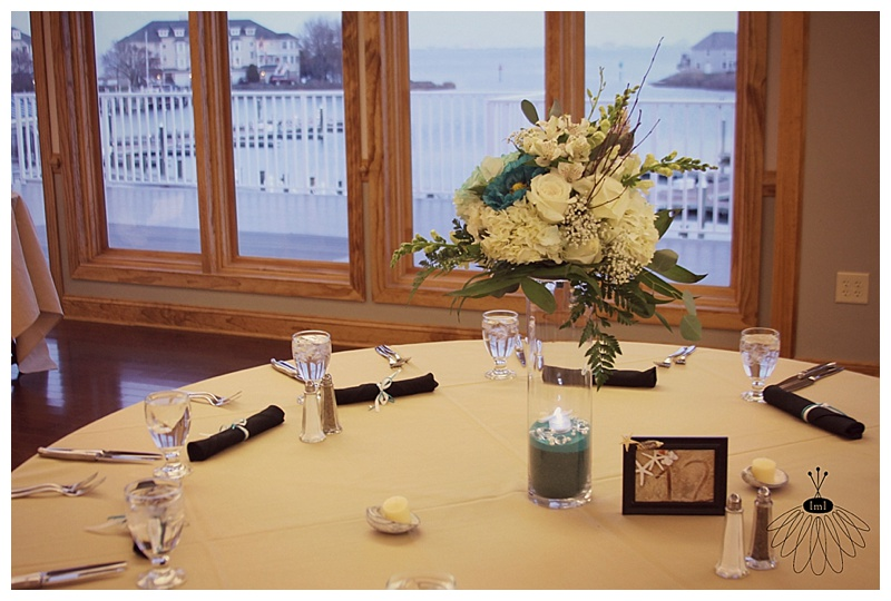 teal and white centerpieces with starfish // ocean pines yacht club wedding // little miss lovely floral design