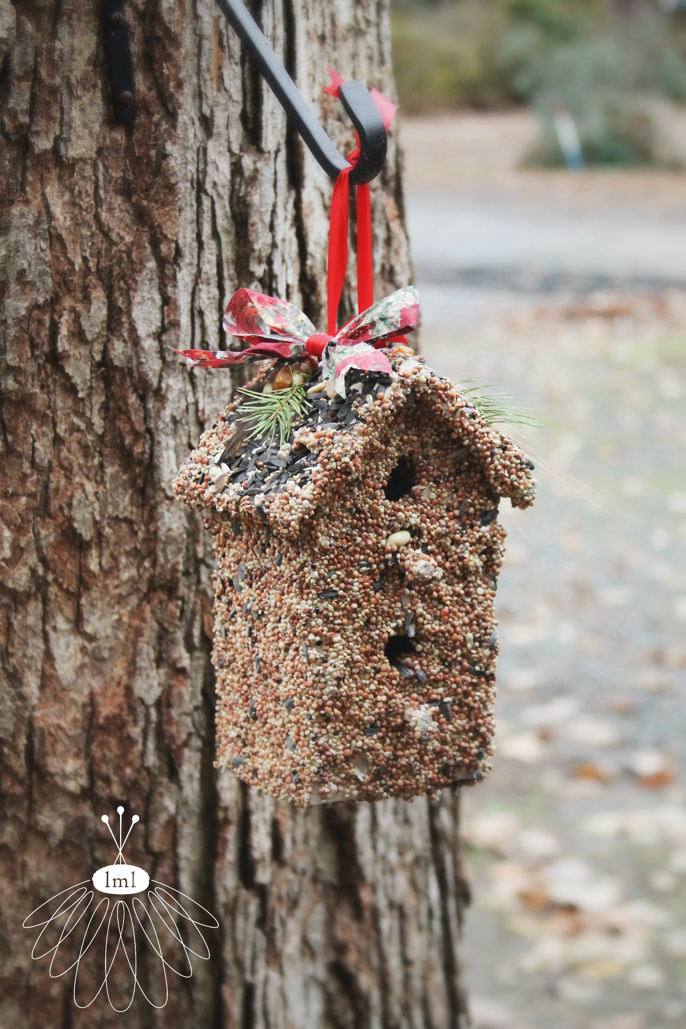 birdseed birdhouse holiday gift by little miss lovely // berlin md