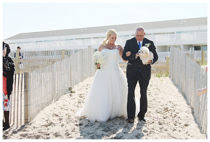 little miss lovely floral design // ocean city maryland wedding florist // beach wedding flowers