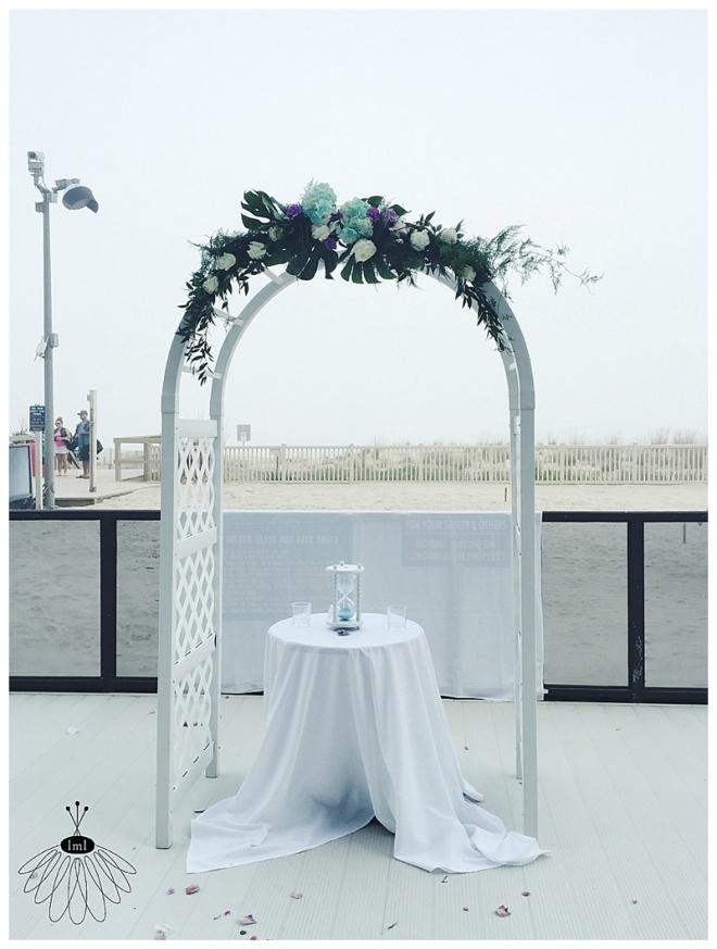 little miss lovely floral design // ocean city beach wedding // archway flowers