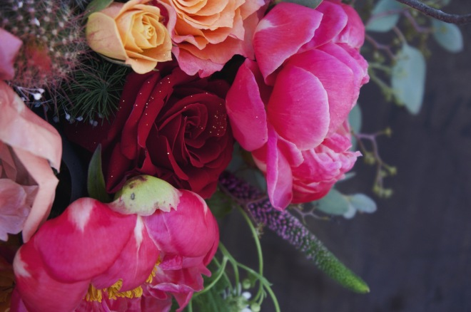 little miss lovely floral design // ocean city maryland florist // peony and bird flower arrangement