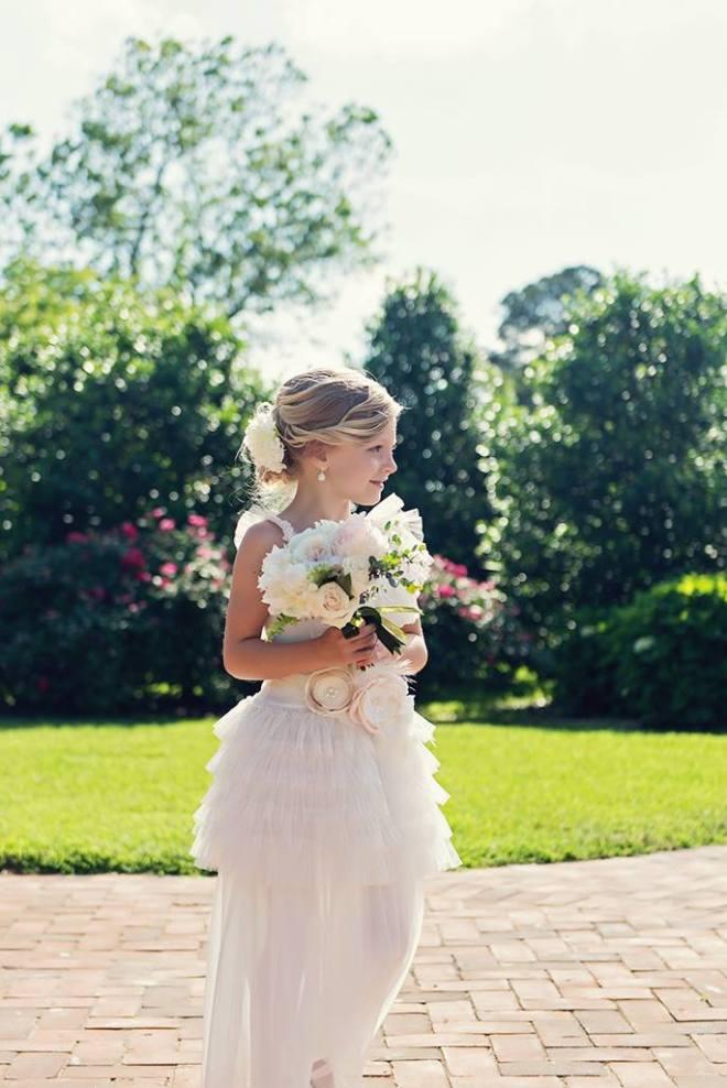 little miss lovely floral design // ocean city maryland florist // bordeleau vineyard wedding // julie wagner photography