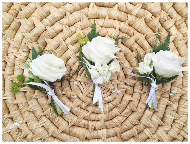 little miss lovely floral design // white lisianthis and stock pin corsage