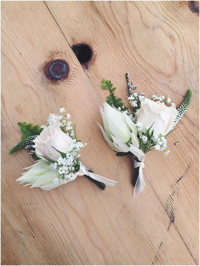 little miss lovely floral design // spray rose boutonniere