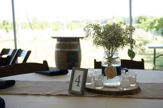 little miss lovely floral design // bordeleau vineyard winery wedding